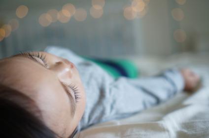 Desde los aós 90 se recomienda que los bebés duerman boca arriba para evitar la muerte súbita del lactante.